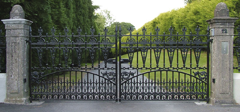 Gilberton driveway Victorian cast iron gate