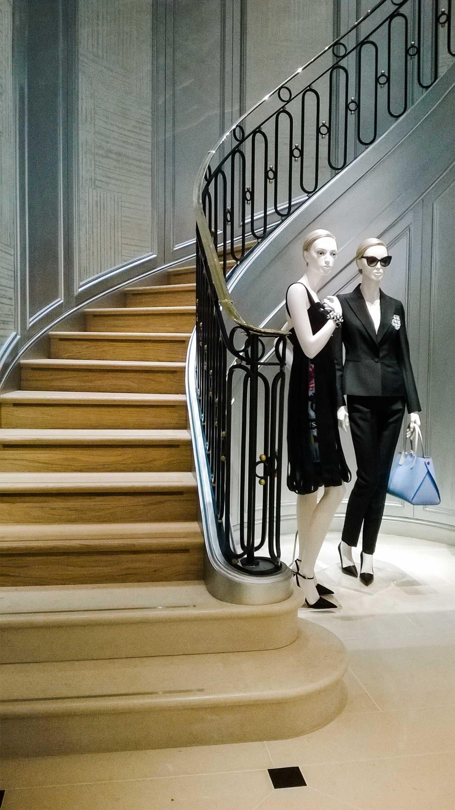 Dior Conduit St Metal Balustrades
