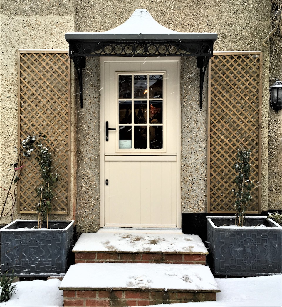 Side Entrance Modern Victorian wrought iron Over Door Canopy Awning with zinc roof and ring design brackets