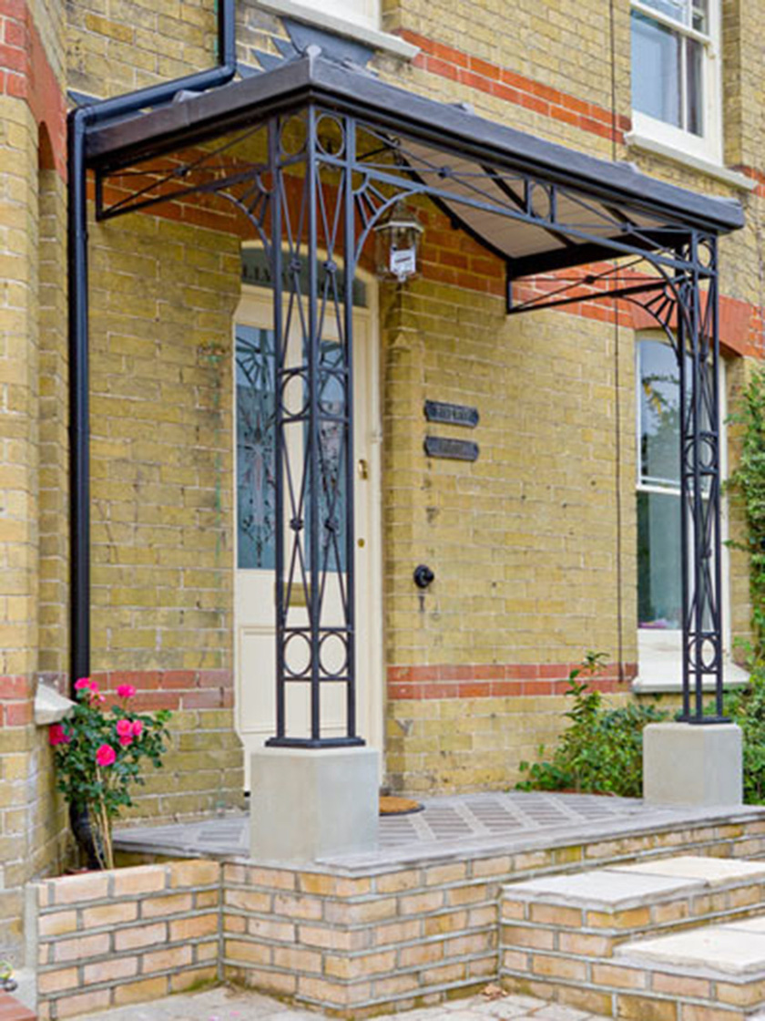 Regency wide style traditional entrance porch